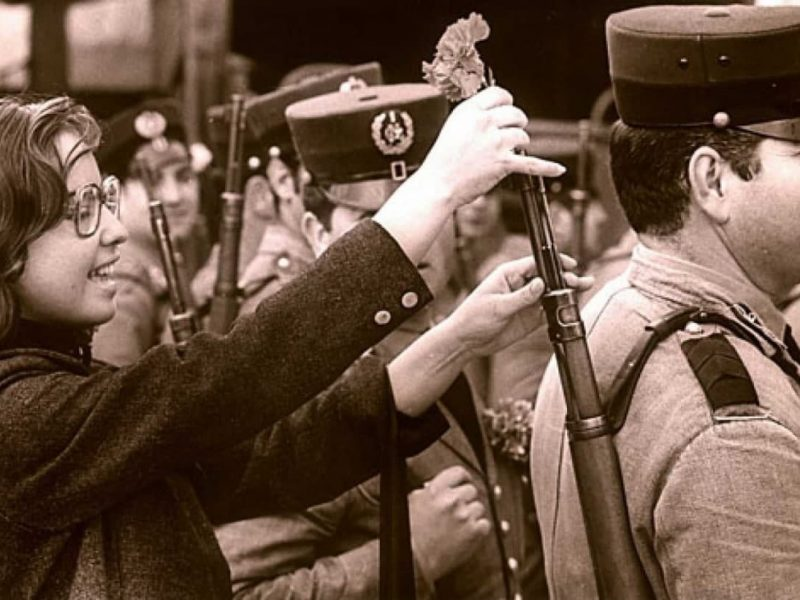 Una revolució contagiosa? L'esclat de la revolució dels clavells i les seves repercusions a Espanya