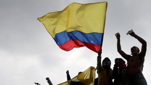 A PARAR PARA AVANZAR:  Una semana de movilizaciones en Colombia